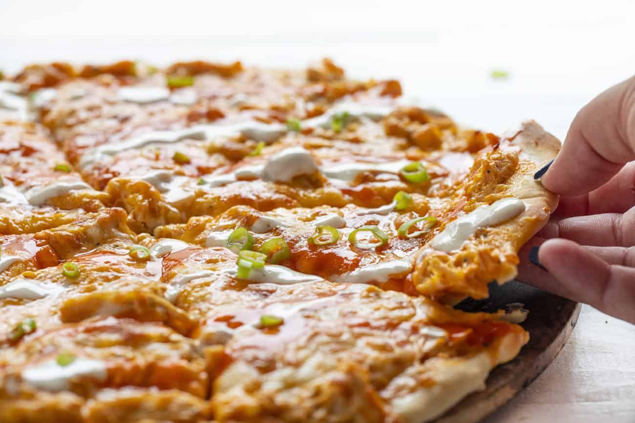 پیتزای مرغ بوفالو
