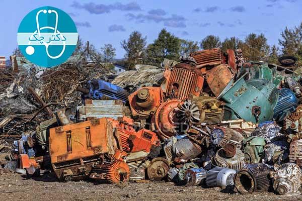 کار بازیافت ضایعات فلزی