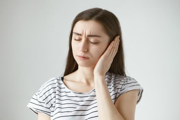 درمان جوش گوش